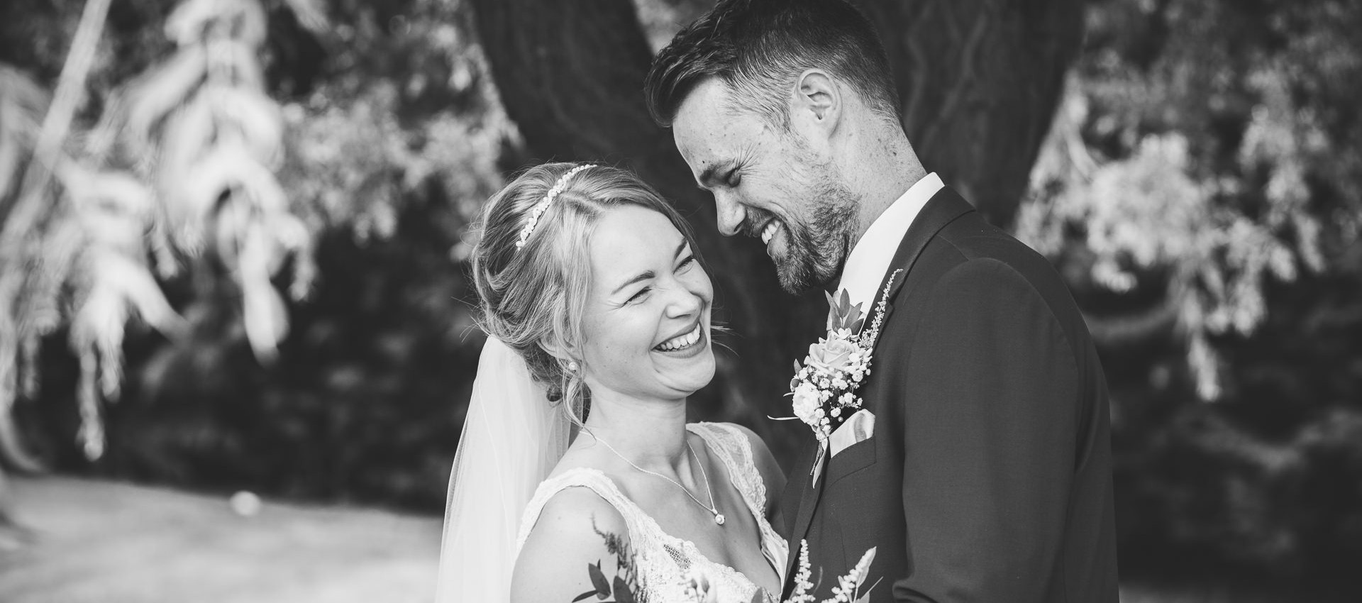 relaxed staffordshire wedding photography